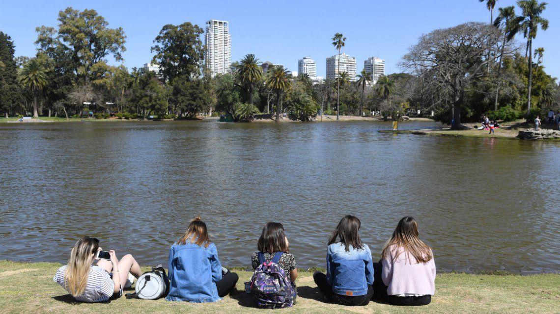 Día del estudiante: las provincias se preparan para evitar aglomeraciones