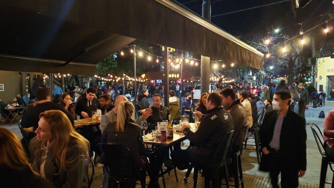 La nueva flexibilización en la Ciudad: gastronomía, construcción, culto y atención médica