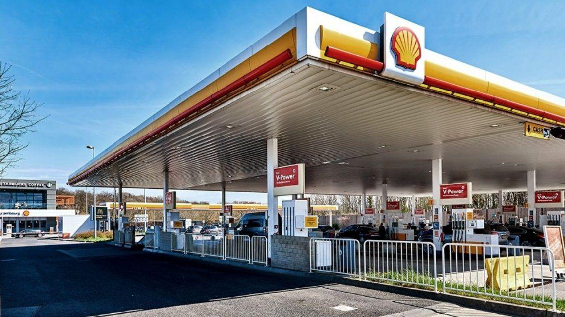 Shell y Puma se suman a los aumentos de nafta como YPF