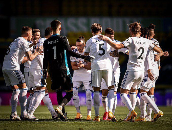Mucho ataque y poca defensa: el Leeds de Bielsa sufrió, pero logró su primer triunfo