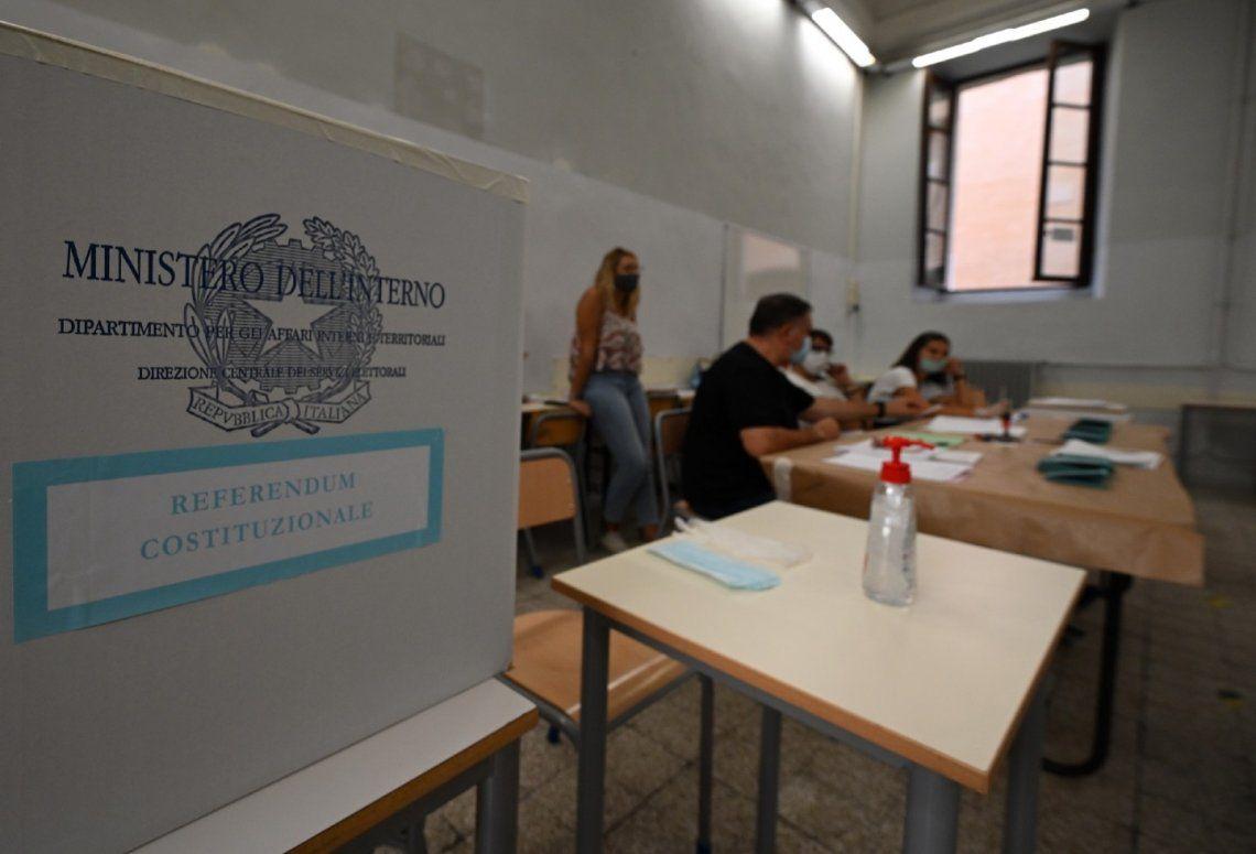 Referéndum en Italia: 70% votó la reducción de un tercio del Parlamento