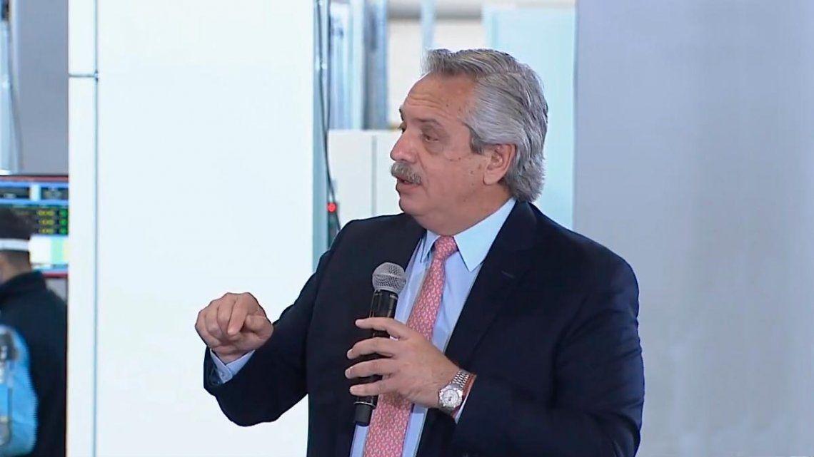 Fernández defendió las nuevas restricciones: Para producir necesitamos cuidar los dólares