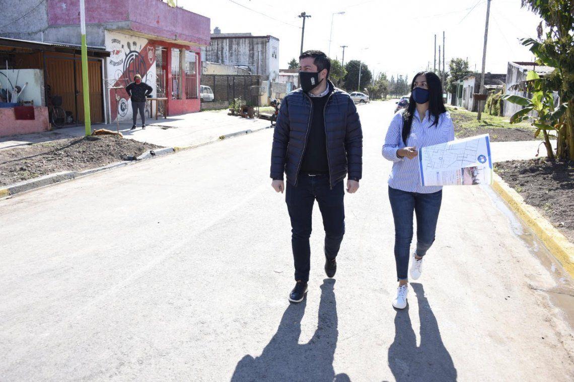 Malvinas Argentinas: Nardini visitó una nueva obra en el barrio El Chiri de Grand Bourg