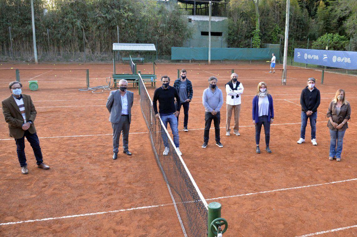 Julio Zamora verificó el cumplimiento del protocolo para práctica de tenis