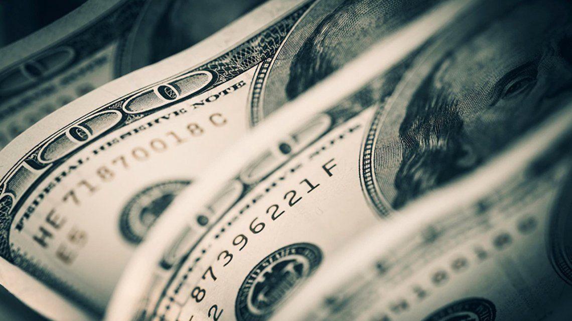 Luego de la incertidumbre, los bancos vuelven a comercializar dólares a partir de hoy