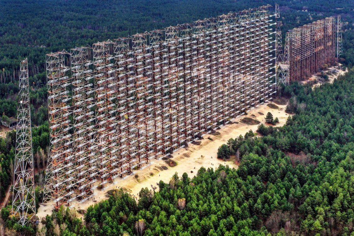 Duga: un sistema de radar de alerta temprana soviético en Chernobyl. Fotografía: Franco Cappellari