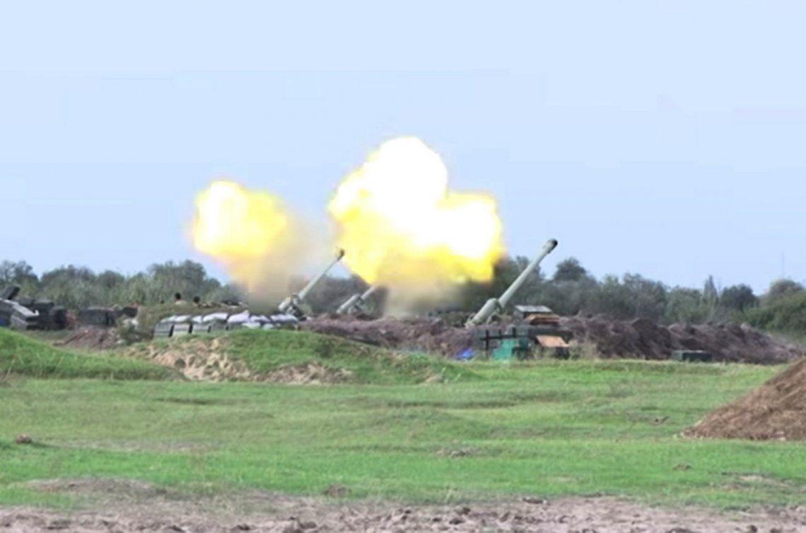 Armenia destruyó blindados y posiciones de Azerbaiyán