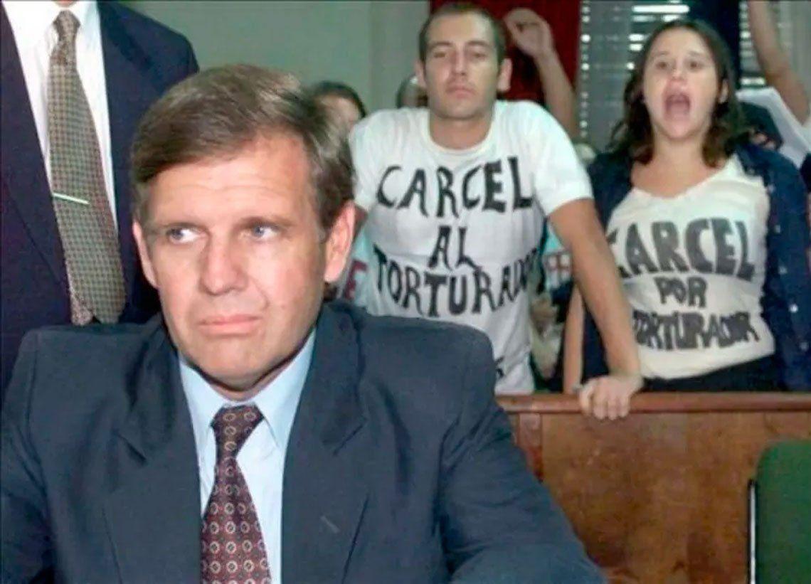 Rechazan prisión domiciliaria para Astiz, Donda, Cavallo y Rádice
