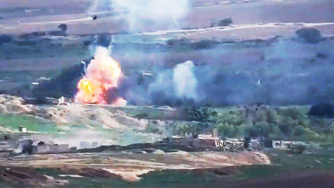 Azerbaiyán vuelve a atacar la capital de Nagorno Karabaj