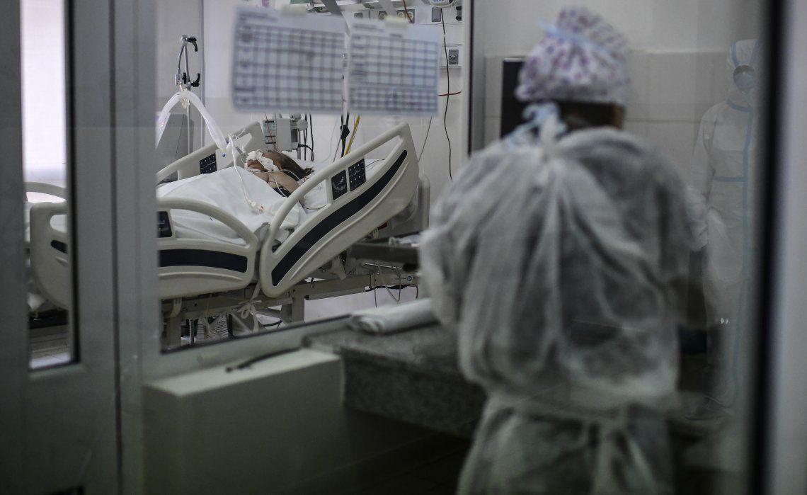 Pacientes que tuvieron coronavirus podrían sufrir deterioro del cerebro