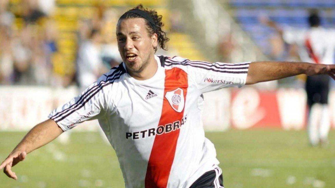 Cristian Fabbiani regresa a River a sumarse al equipo de veteranos