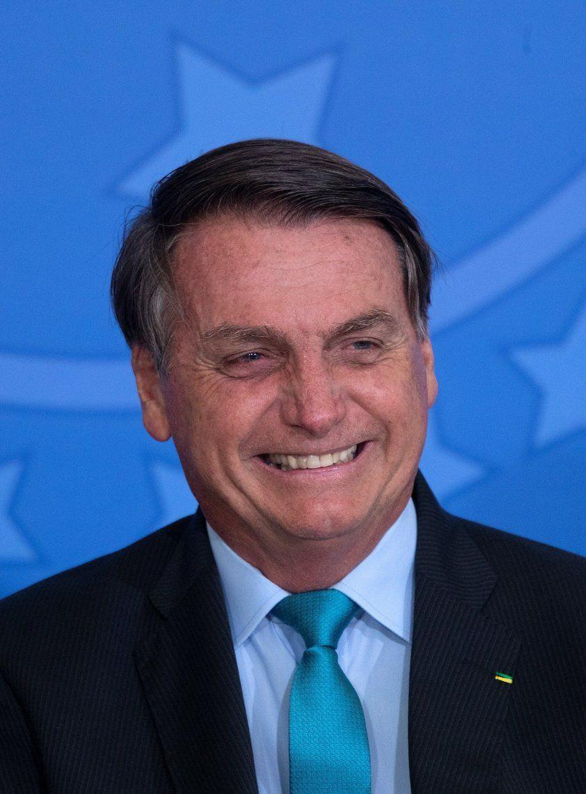 Para Bolsonaro la pandemia está llegando a su fin a pesar de las casi 160.000 muertes por coronavirus en Brasil