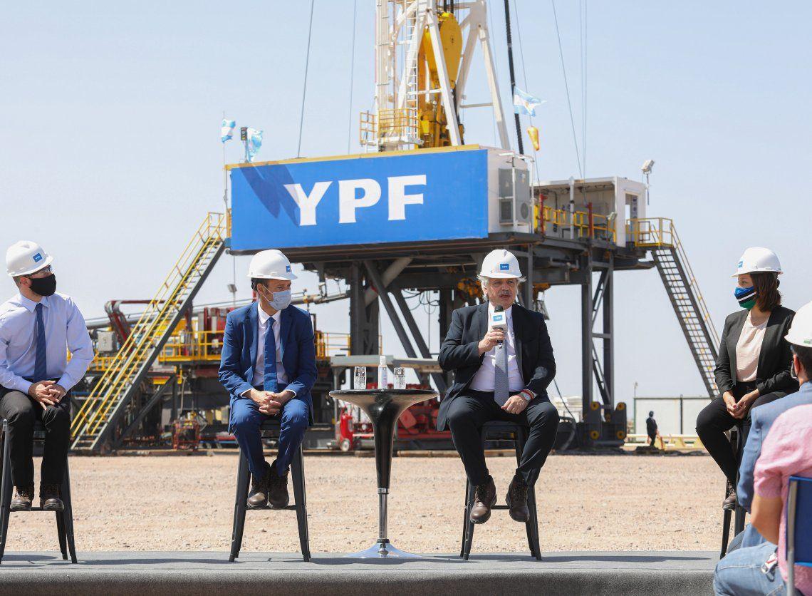 Fernández visitó Vaca Muerta para poner en marcha un plan que promueve el desarrollo del sector gasífero nacional.