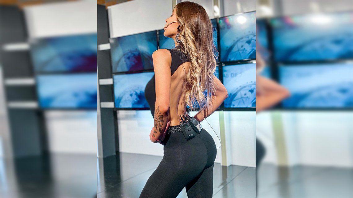 Un fuego: Romina Malaspina mostró sus curvas con un elegante conjunto de lycra