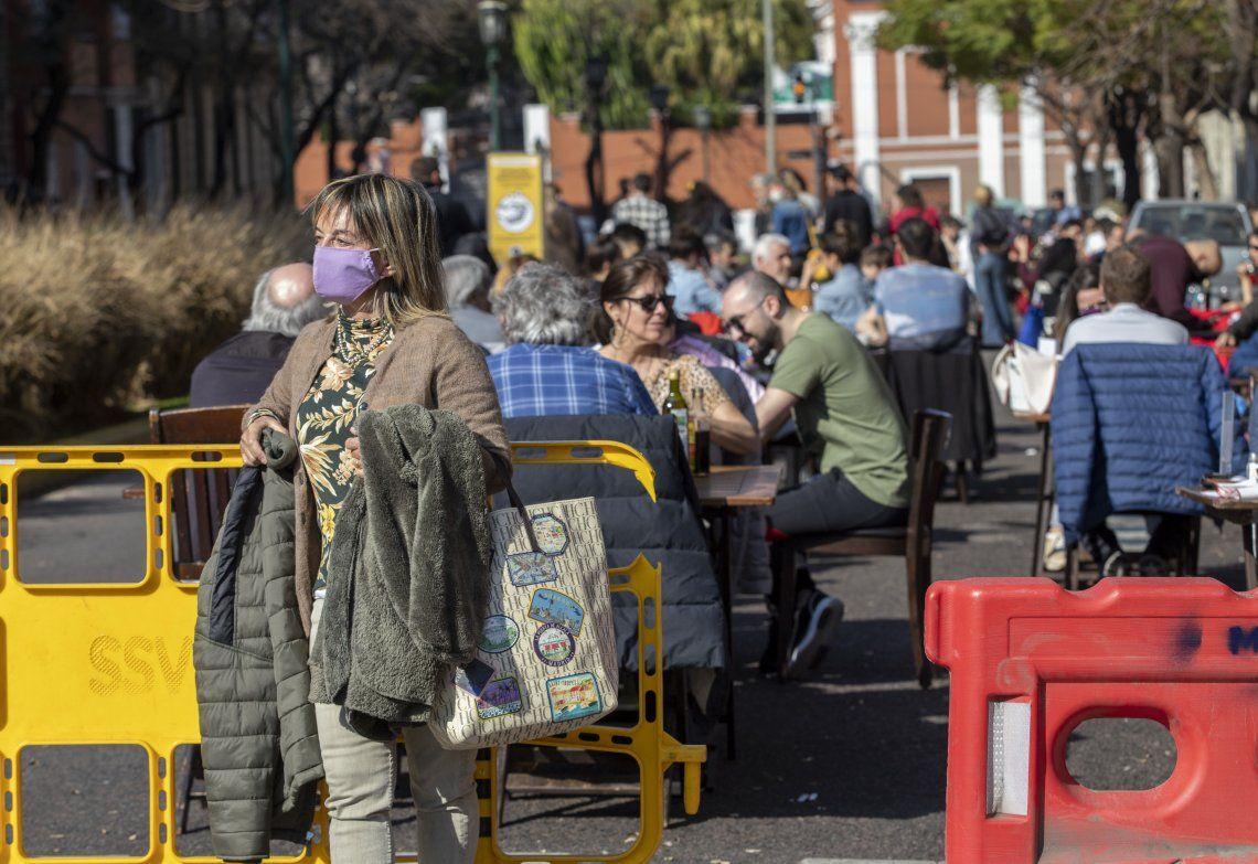 Cierran calles para crear paseos gastronómicos