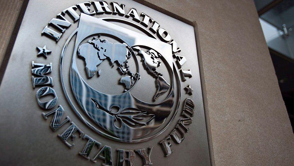 Gobierno elabora un plan económico: nueva misión del FMI a mediados de noviembre