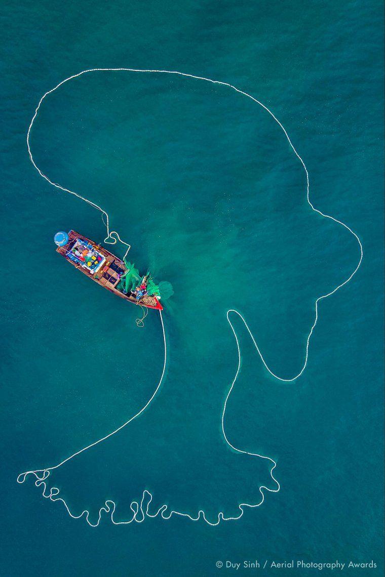 Primer lugar en la categoría de la vida diaria: La dama del mar