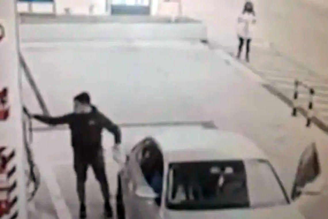 Córdoba: cargó nafta en un Audi y se fue sin pagar
