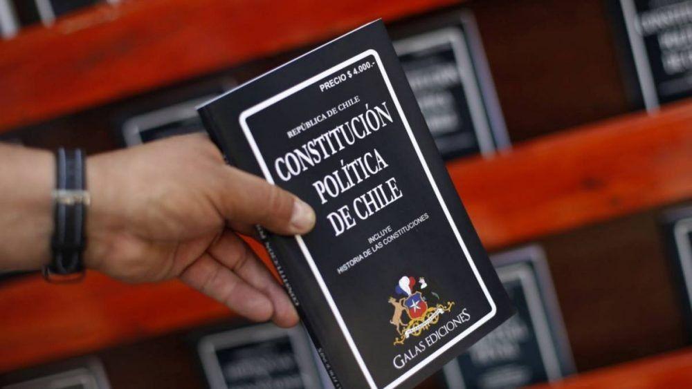 Chile - 14 millones de ciudadanos están habilitados para decidir si se reforma o no la Constitución