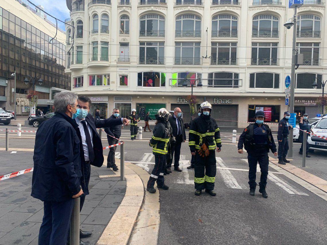Francia es golpeada por un segundo ataque terrorista islámico en un mismo día