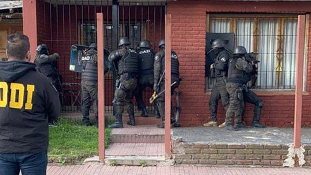 Mar del Plata: detuvieron a una familia gitana acusada de estafar con autos que vendían por Internet