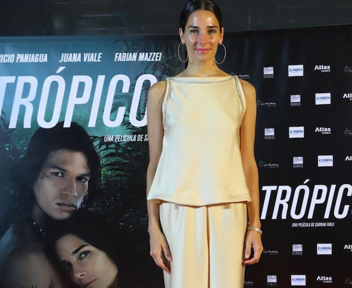 Juanita Viale se llevó todos los flashes en la avant première de Trópico