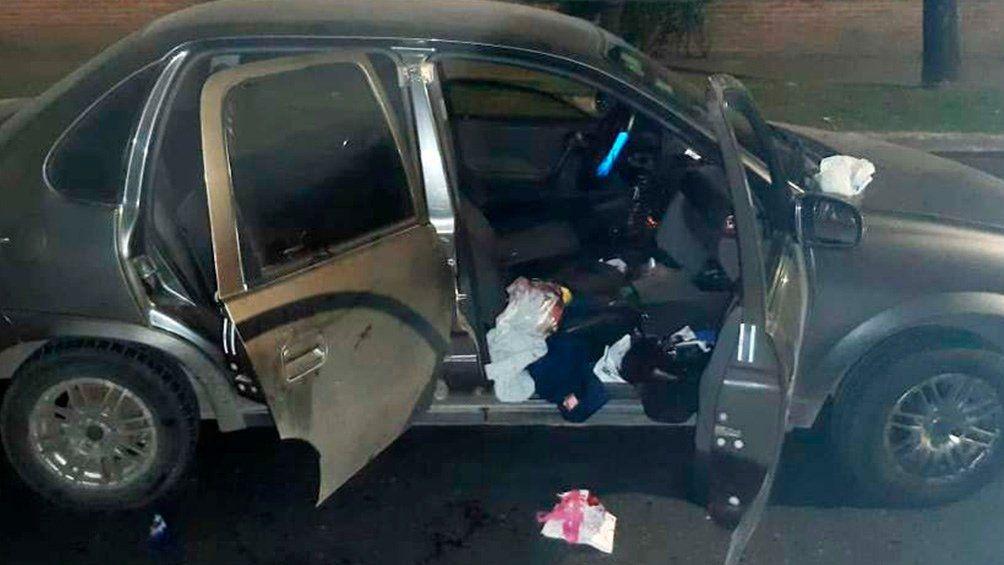 Agredida dentro de su auto.