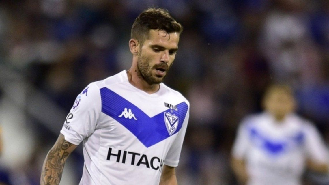 Se retira Gago, uno de los volantes centrales más talentosos de nuestro fútbol