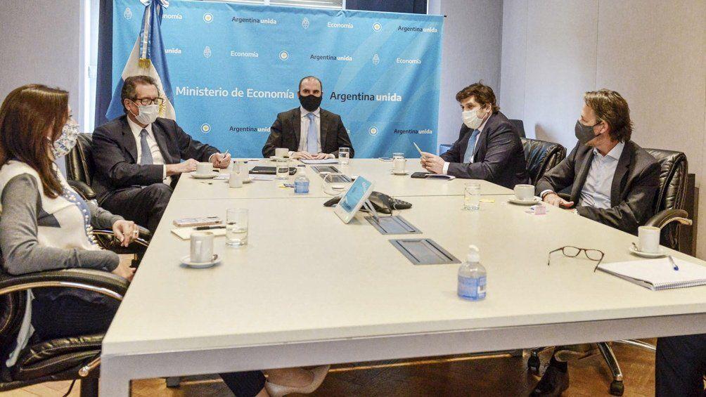 Misión del FMI: Guzmán tuvo una productiva primera reunión para negociar un nuevo acuerdo