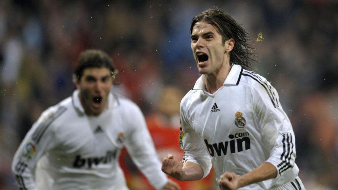 El Real Madrid pagó por su pase 27