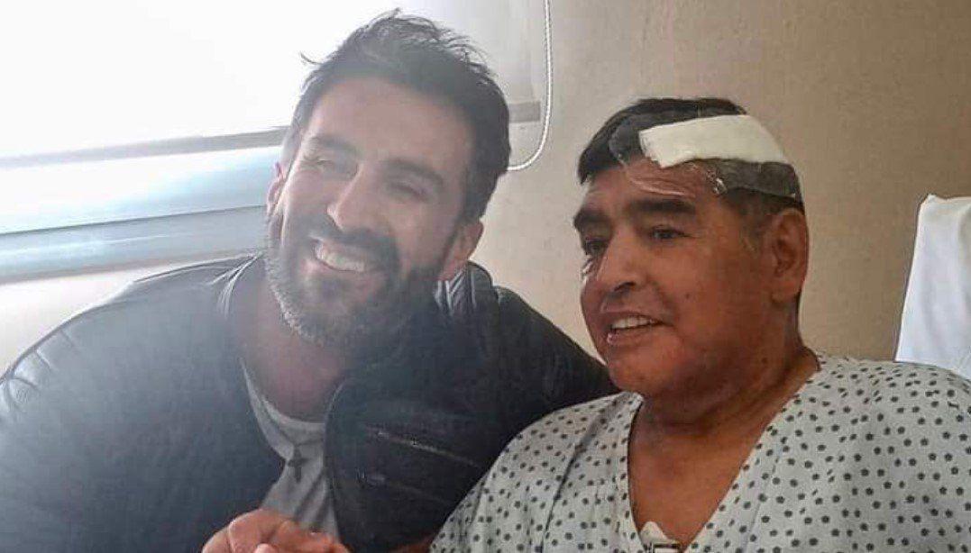 Maradona dejó la Clínica de Olivos y continuará su recuperación en una casa de Nordelta