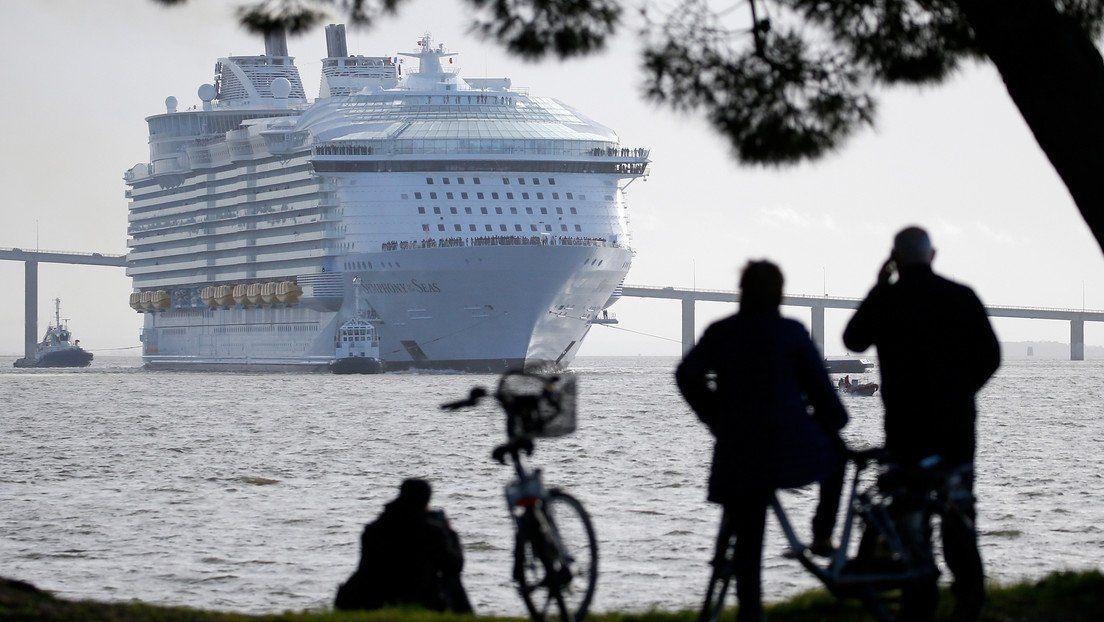 Viaje gratis en crucero de placer...y protocolo