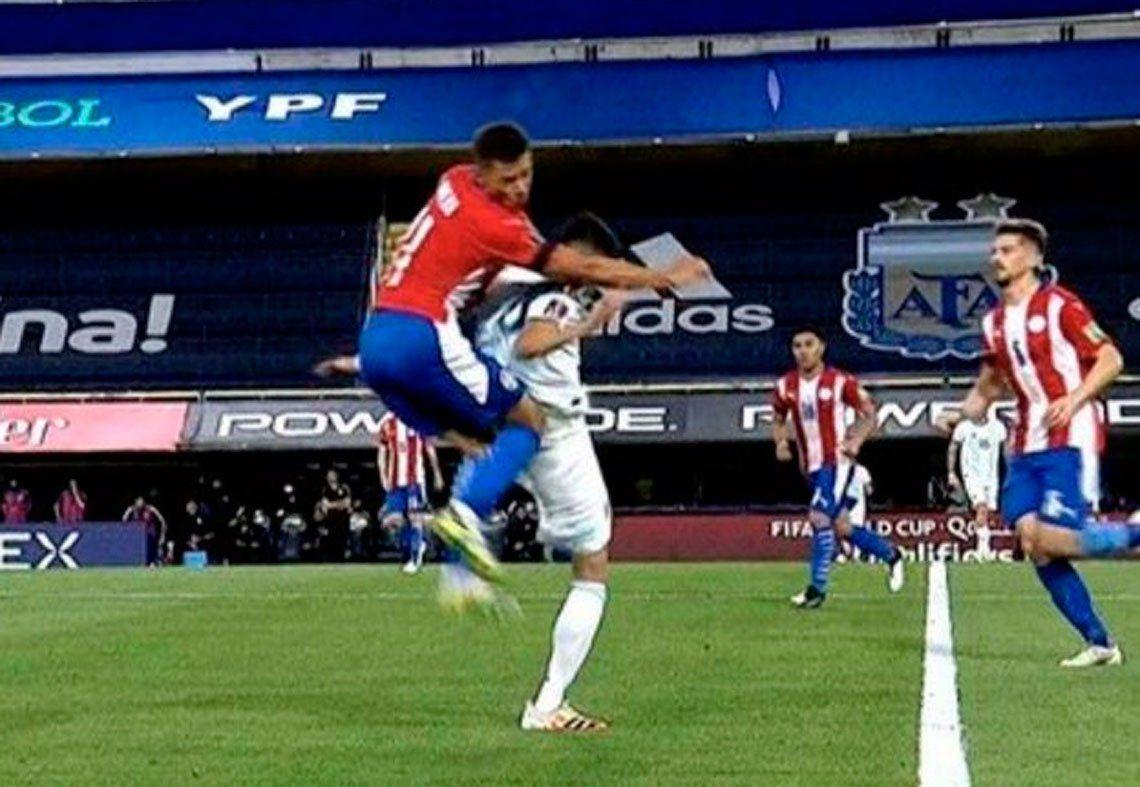 Exequiel Palacios sufrió una fractura en la columna por el rodillazo de Ángel Romero... ¿en venganza de su hermano?