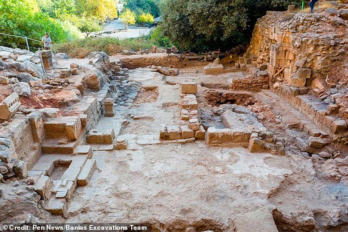 Hallan ruinas de iglesia donde supuestamente Jesús curó a la mujer sangrante