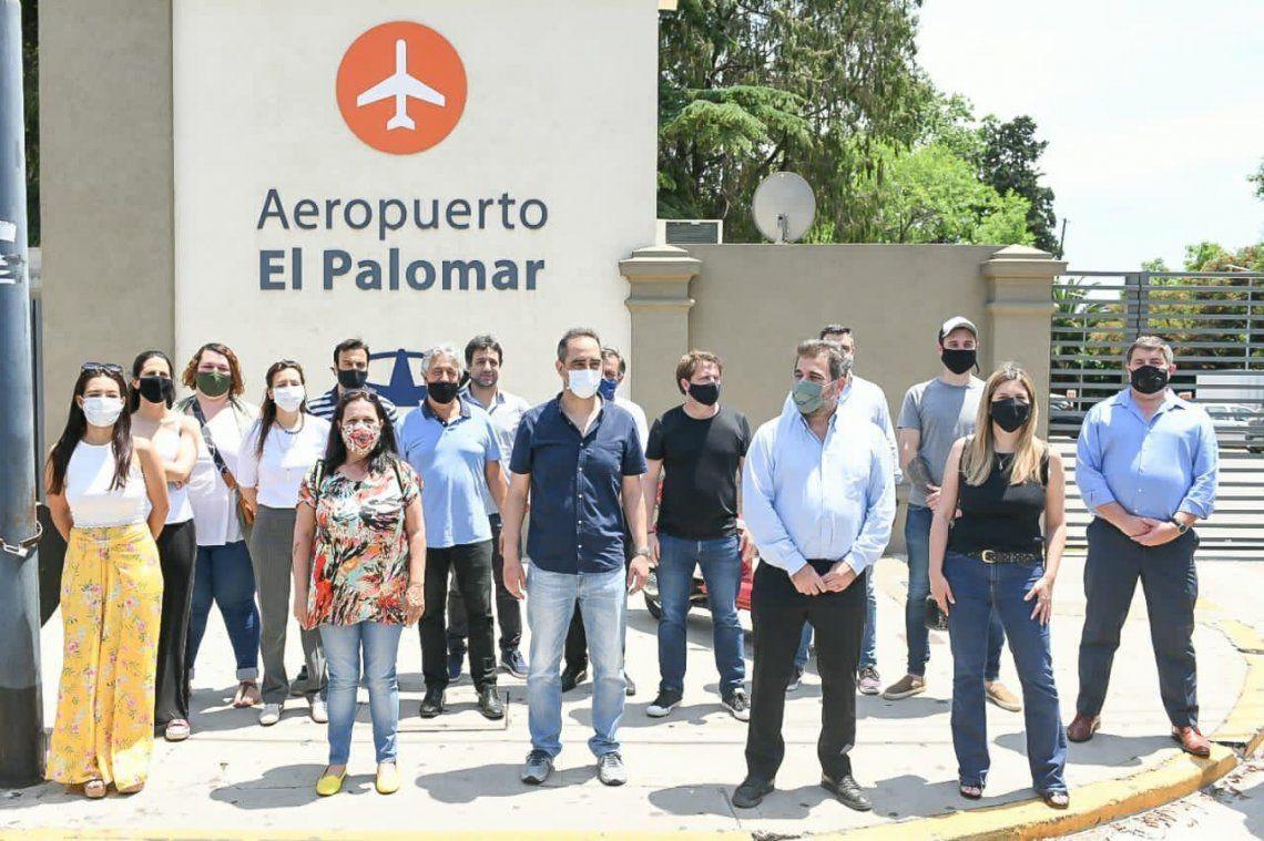 El Palomar - El diputado Cristián Ritondo y dirigentes del PRO y de Juntos por el Cambio piden la reapertura del Aeropuerto y la preservación de las fuentes de trabajo