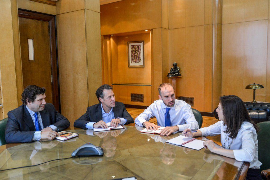 Martín Guzmán en la reunión con los miembros de la misión del Fondo Monetario Internacional.