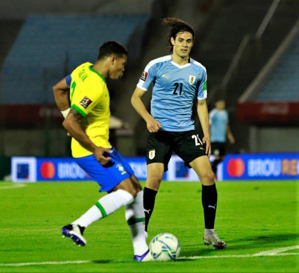 Brasil mantuvo el puntaje ideal en el estadio Centenario