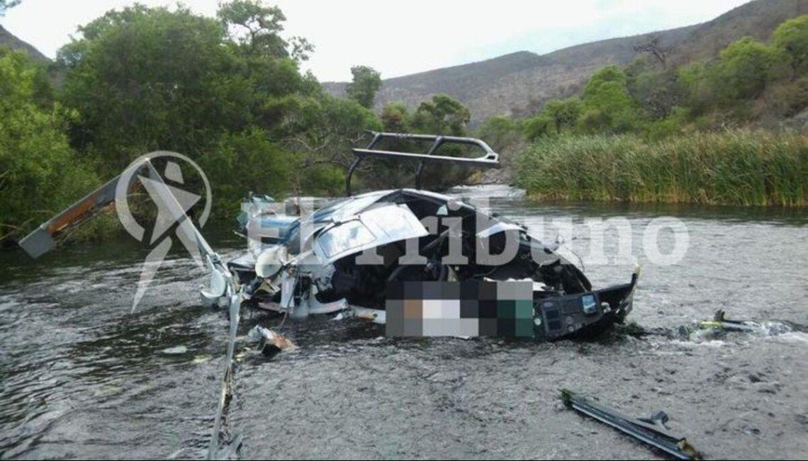Así quedó el helicóptero en el que viajaba Jorge Brito. Foto: El Tribuno.