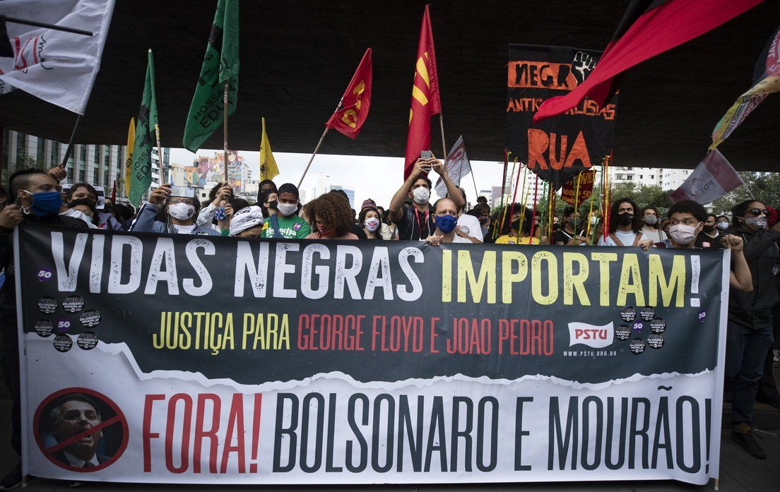 Brasil: Masivas protestas por la muerte de un hombre afrodescendiente a manos de guardias de Carrefour