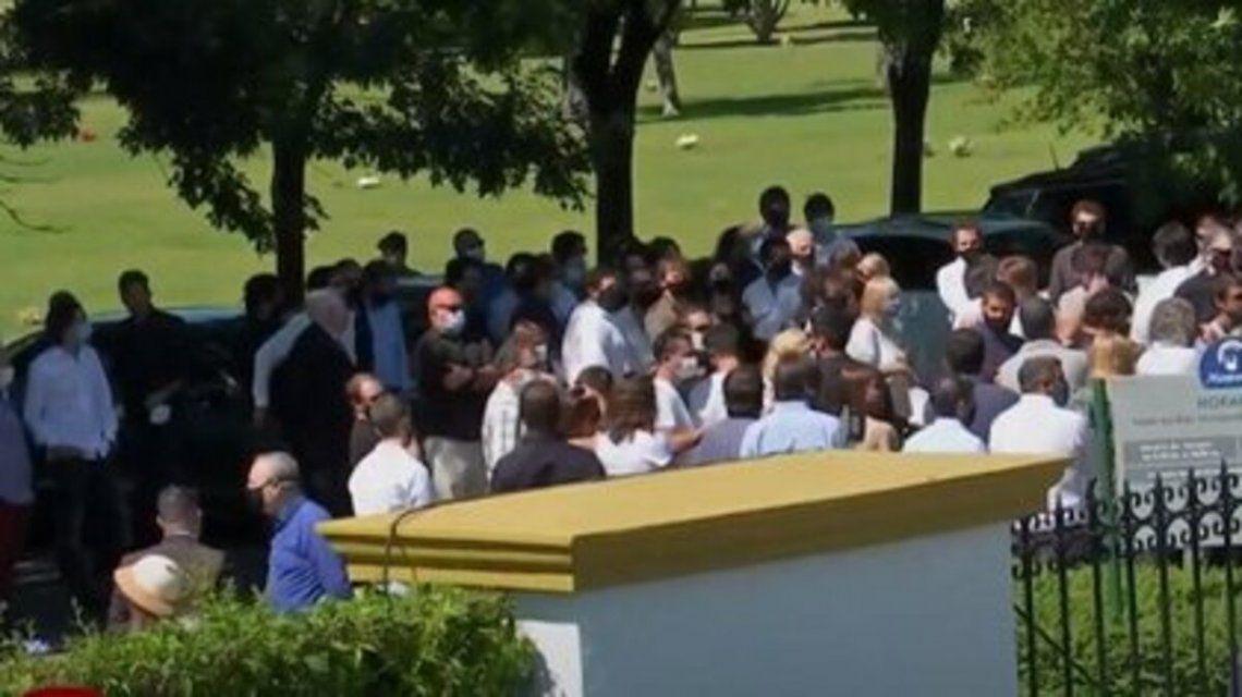 Familiares y amigos despidieron a Jorge Brito.