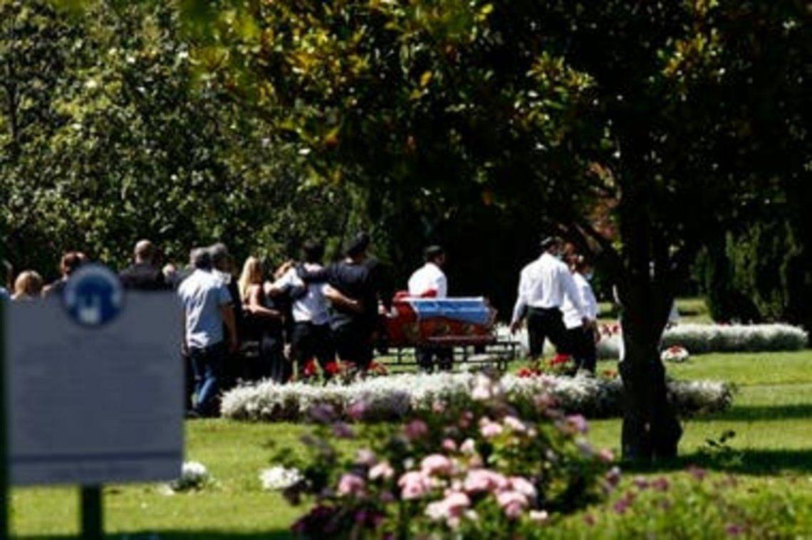 Los restos de Jorge Brito fueron inhumados en un cementerio de Pilar.