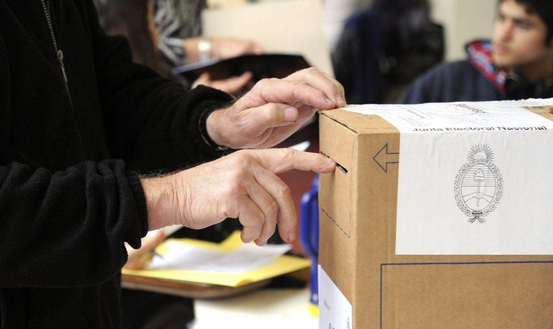 Elecciones: Gobernadores que se oponen a las PASO critican que son una encuesta muy cara