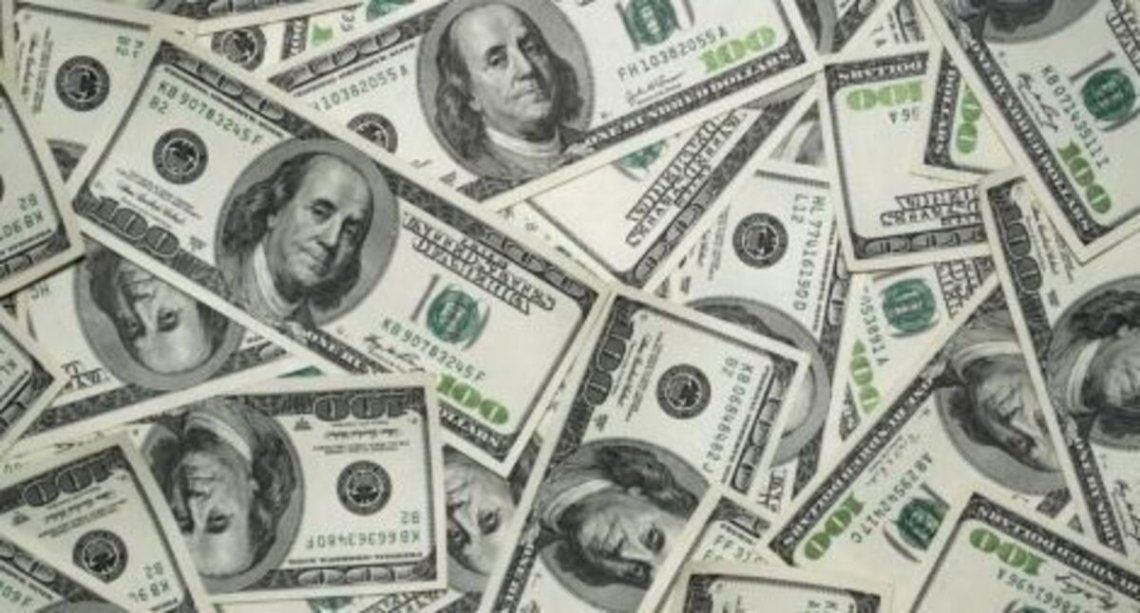 El dólar blue cerró a $160