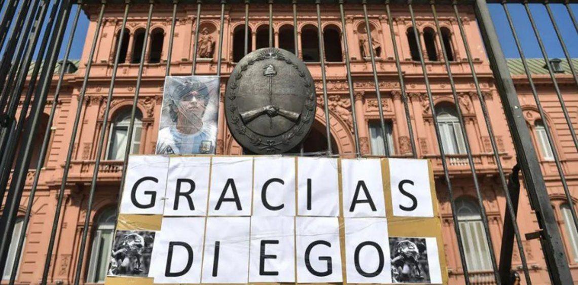 La Casa Rosada fue el lugar elegido para el multitudinario velorio de Diego Maradona