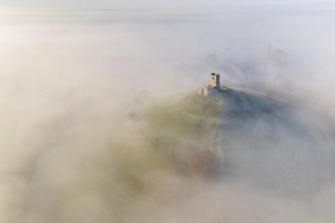 Ganador - Inglaterra histórica | Iglesia de San Miguel | Adam Burton