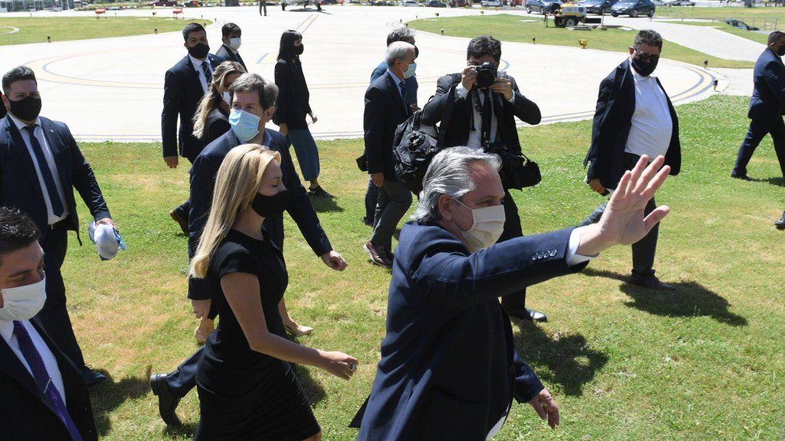 Alberto Ferández cuestionó al accionador de la Policía de la Ciudad durante el velorio de Maradona