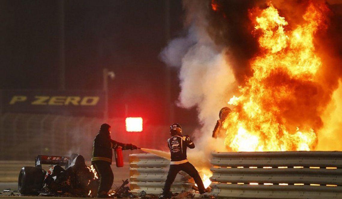 El momento del rescate de Romain Grosjean