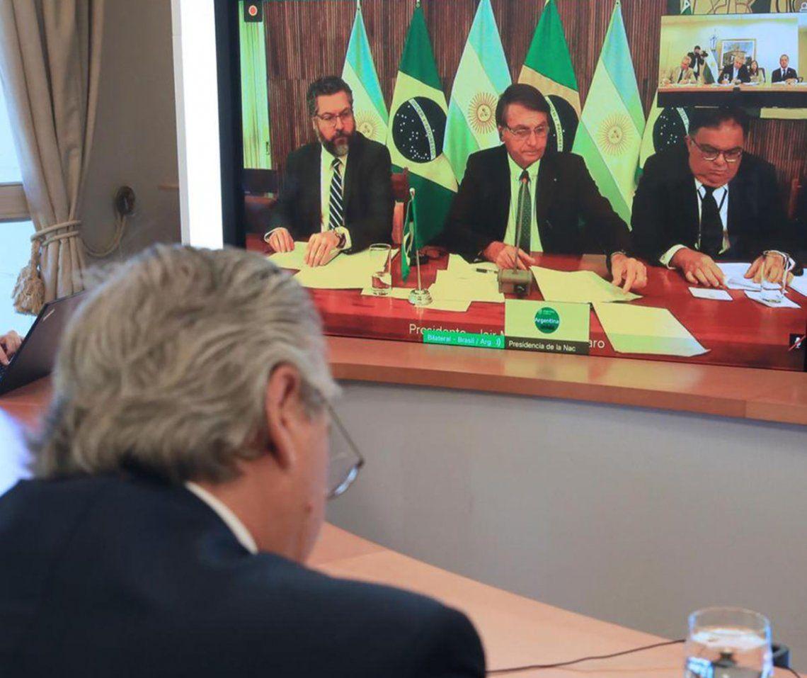 El presidente Alberto Fernández mantuvo un encuentro telemático con su par brasileño