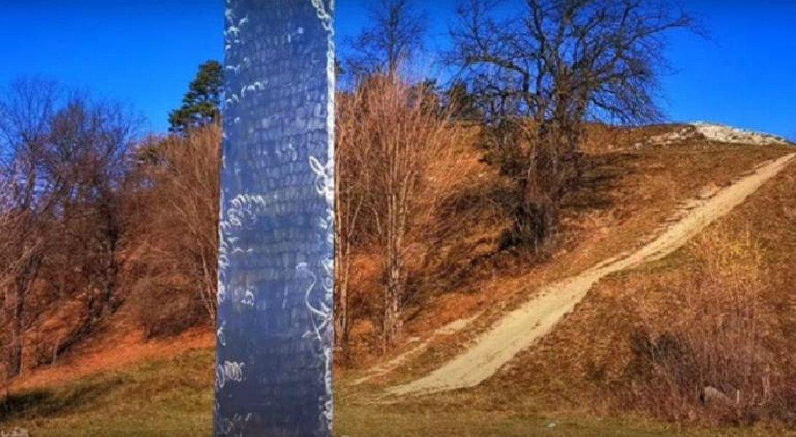 Un monolito y un misterio entre Estados Unidos y Rumania.