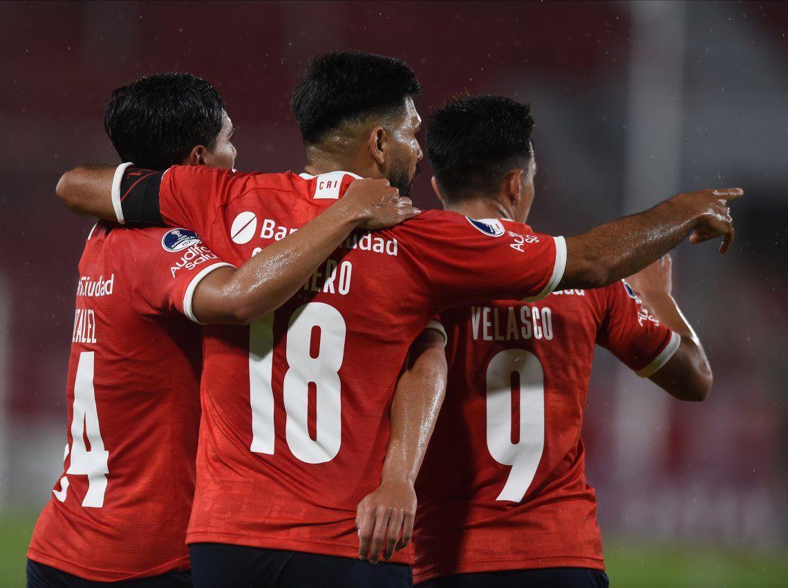 Copa Sudamericana | Sin despeinarse: Independiente venció cómodamente a Fénix y está en cuartos